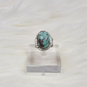 Jewelry - Antiqued Silver Plated Turquoise Western Ring